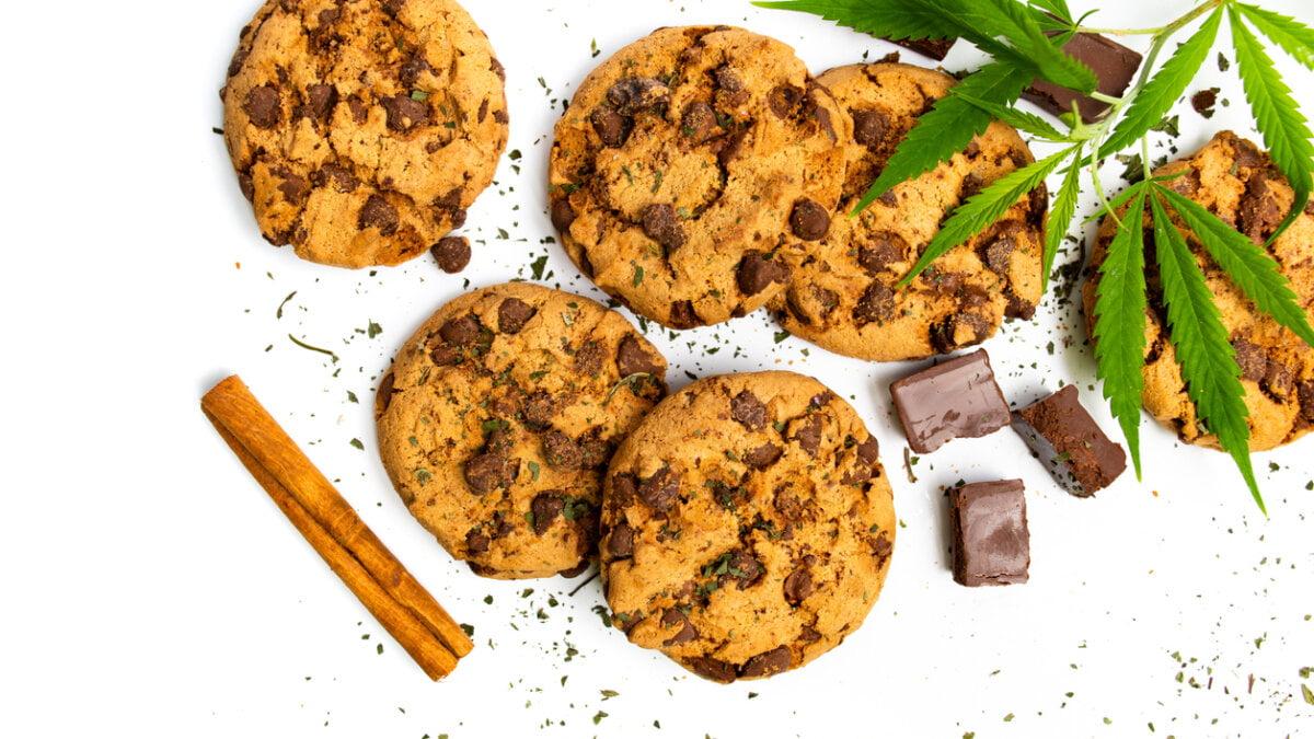 Čokoládové sušenky skonopným máslem