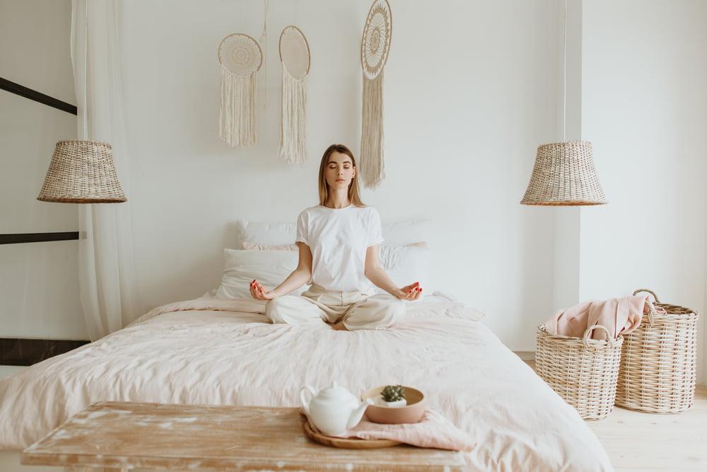 Jóga v posteli