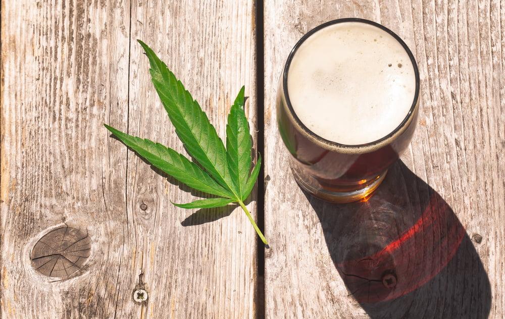 Co se stane při kombinaci alkoholu s CBD